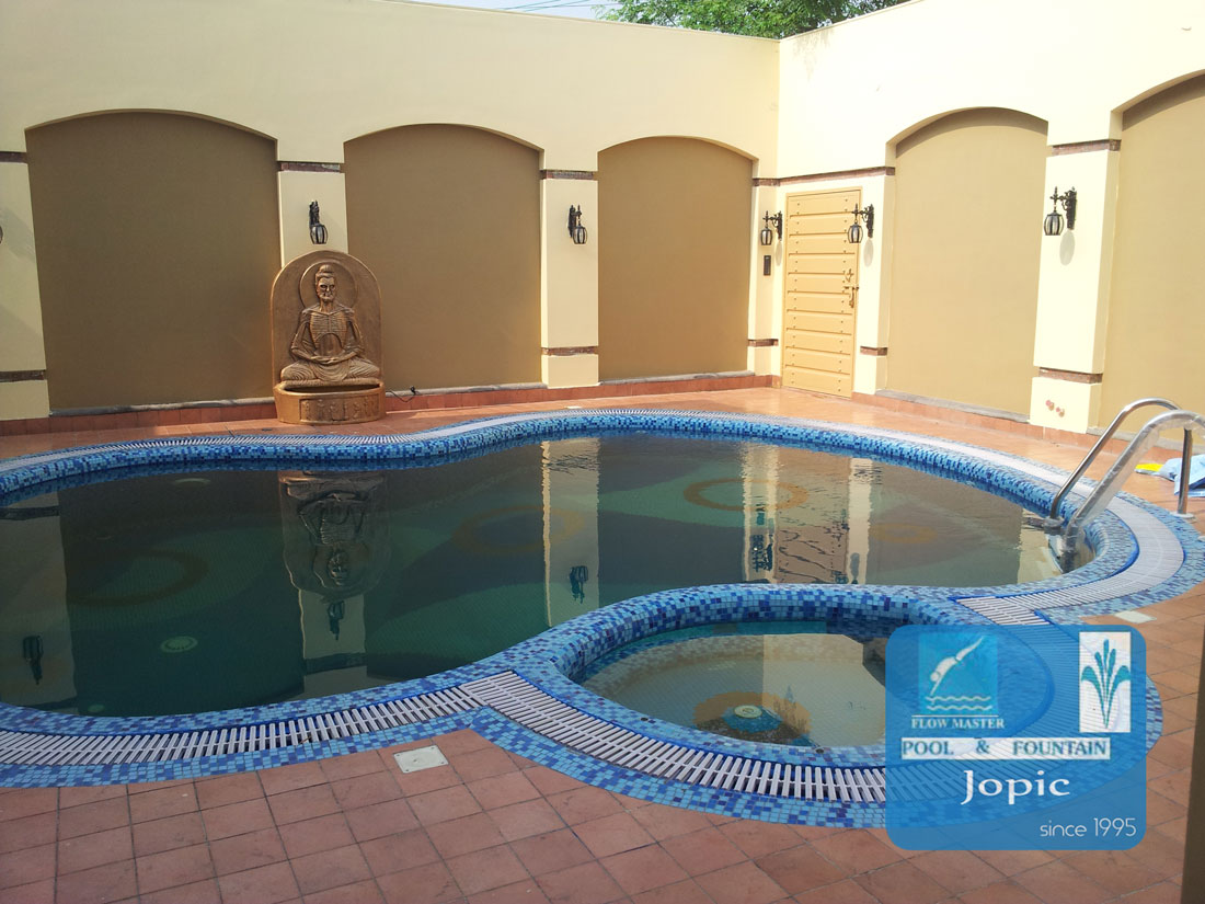 Pool gallery jopic pool for Commercial swimming pool